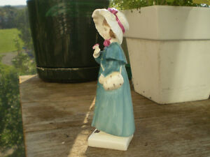 """Royal Doulton Figurine-"""" Carrie """" HN2800-Greenaway Collection Kitchener / Waterloo Kitchener Area image 2"""
