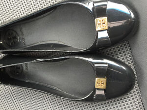 Tory Burch Black Flats Kitchener / Waterloo Kitchener Area image 1