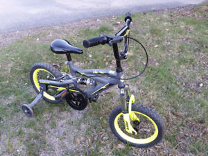 "Kids Bike 14"" with trainer wheels minimum used"