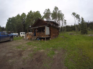 2 bedrooom cabin near Greeny Lake