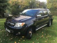 Toyota Hi-Lux 3.0D-4D Invincible 200 4X4 DOUBLE CAB PICK-UP