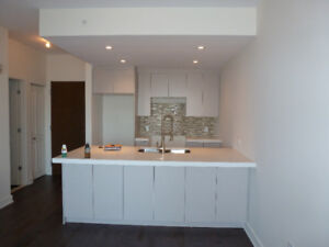 Live within 30 min. from downtown @Namur for $1200 with parking