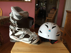 Ladies Downhill Ski Boots and Helmet