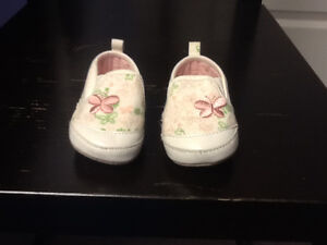 Baby Girl Shoes and Slippers Size 2-3