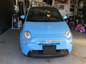 2015 Fiat 500 E All Electric Vehicle Coupe (2 door)