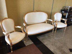 upholstery & reupholstery services