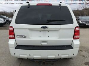 2010 FORD ESCAPE XLT * LEATHER * POWER GROUP * EXTRA CLEAN London Ontario image 5