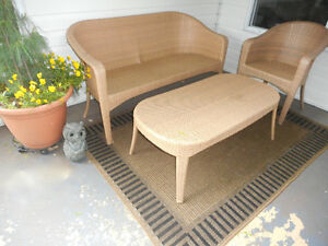 outdoor resin furniture