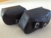 VULCAN 900 OEM LEATHER SADDLE BAGS WITH BRACKETS