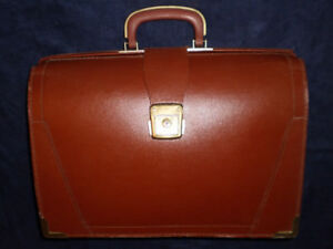Attache and Briefcases, Carry and Rolling
