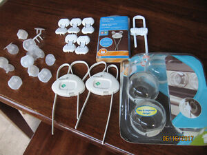 Safety 1st Knob Covers, Cabinet Lock & Electric plugs covers