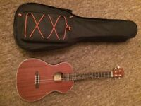 Lanikai Baritone Ukulele plus Carry bag