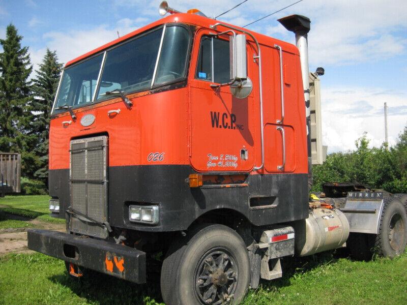 Collectors A 1999 Peterbilt 362 Cabover   Heavy Trucks   Edmonton   Kijiji