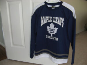Toronto Maple Leaf Jersey for a Junior