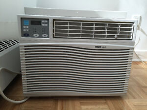 New Uberhaus 10 050 Btu/h window air conditioner
