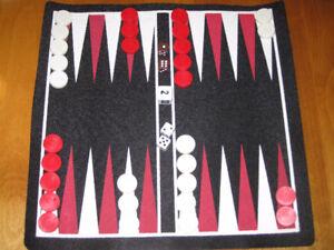 Jeu de backgammon Magnétique de Voyage