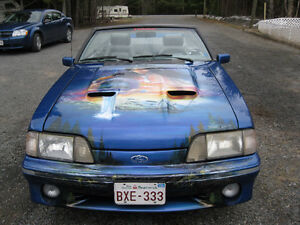 1983 ford mustang convertible gt 8cylinder motor 5 speeds manual