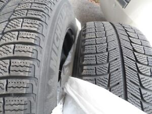 4 Michelin  Ice Winter Tires 215/65/17 on Rims with TPMS sensors
