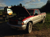 1998 GMC Sonoma SLS 4by4 part out or sell 1000$