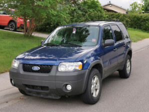 2007 Ford Escape XLT SUV, Crossover, with 4 extra winter tires!