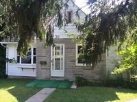New Listing!, Prime Newmarket House, 3 Bedroom, $1695!