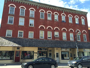 One/Two Bedroom Apartment for rent in DOWNTOWN Thorold