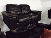As new full brown leather 3 and 2 leather sofa set
