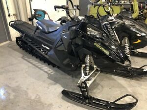 Polaris 800 RMK Assault 155 2017