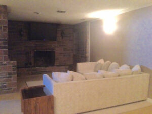 FULLY FURNISHED 5 BED /2 BATH PET FRIENDLY HOUSE - AUG 1ST