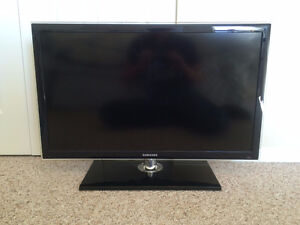 "Samsung 32"" LED TV"