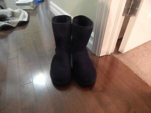 Kirkland shearling boots- size 10