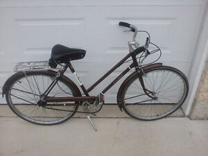 Raleigh Sports Vintage Women's Bicycle