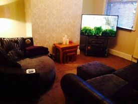 Lovely warm house share in great location!