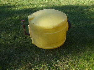 FOR SALE WATER HOLDING TANK 30GALS.