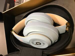 brand new beats head phones