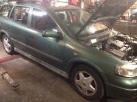 Vauxhall Astra mk4 estate breaking