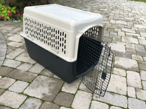 Large DOG CRATE airline approved, immaculate condition (1 use)