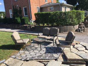 Lovely patio set 4 pc