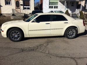 2009 Chrysler 300 LTD for sale