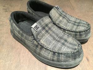 Big kids shoes ~ size 3Y-7Y
