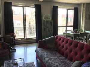 $1305 / 1br - Loft à louer dans le Mile End / Loft to rent in th