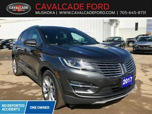 2017 Lincoln MKC Reserve with roof, nav, htd & cld frt seats!!