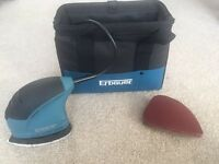 Erbauer Hand Sander with Carry Case and 10 Sanding Sheets