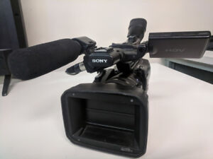 Sony HVR Z7P camcorder with Zeis lens