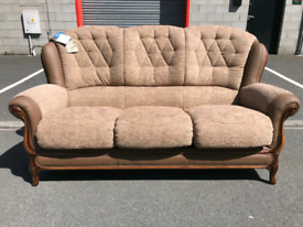 🤩🤩🤩Brand New Fabric & Leather 3 Seater Sofa 🤩🤩🤩