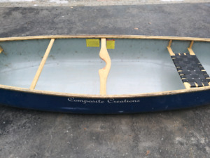 Composite Creations - Canoe 16ft Used LOCATED NEAR BARRIE ONT