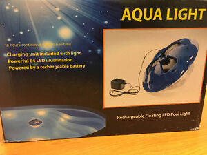 Floating LED pool/spa light