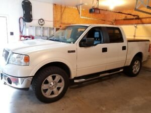 2007 Ford F150 Lariat~1 owner since new~Low Km