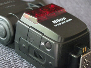 Nikon SB-600 Speedlight Flash for Nikon Cameras (JUST REDUCED)