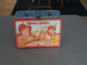 HOWDY DOODY TV SHOW RARE METAL LUNCH BOX 1950S - no thermos